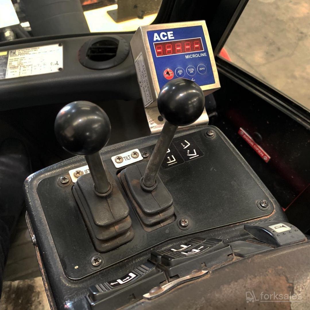Hyster 16T Forklift