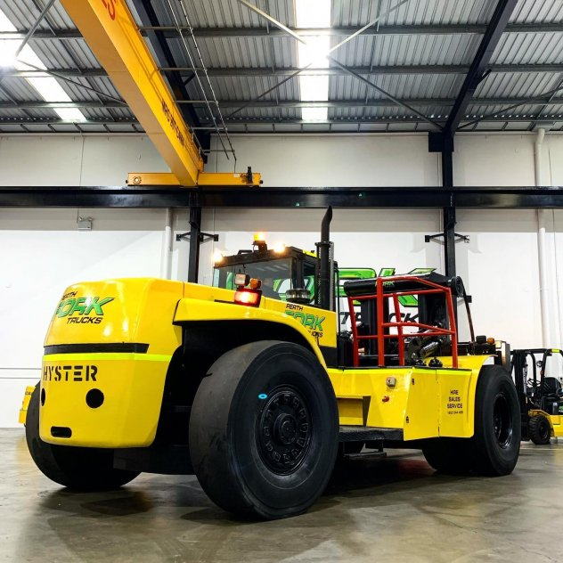 Hyster 28T RORO Forklift