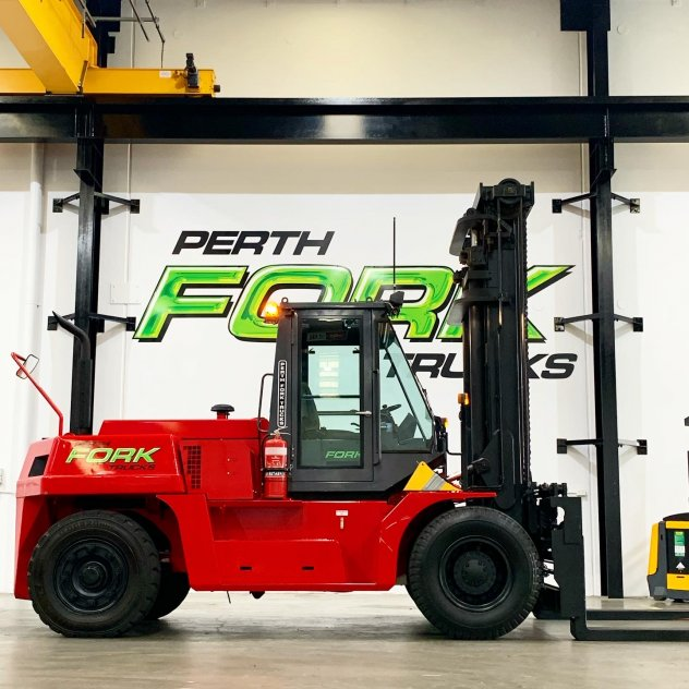 TCM 16T Forklift
