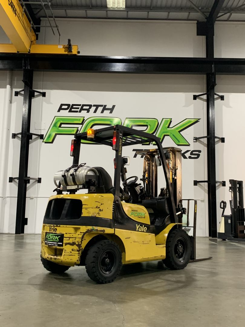 Yale 2.5T Forklift