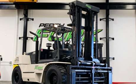 Crown 16T Forklift